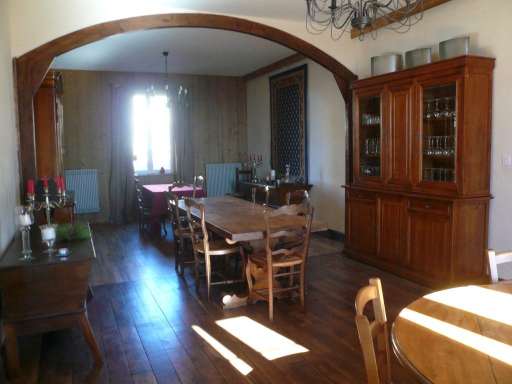 Le Salon avec grande table